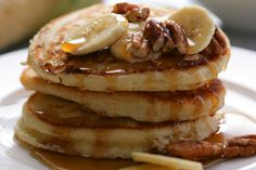 NYT Cooking: The basic pancake is made from a simple batter of eggs, flour, milk and baking powder for leavening. You can use different types of flour if you want to experiment with whole wheat or buckwheat. Homemade Pancake Recipe No Eggs, Homemade Pancakes, Pancake Recipes, Pecan Pancakes, Oatmeal Pancakes, What's For Breakfast, Breakfast Recipes, Breakfast Dishes, Brunch Recipes