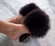 Fur Accessories, Fur Slides, Fur Collars, Furs, Boudoir, Sexy Women, Slippers, Sandals, Retro