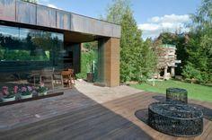 meubles de design dans patio contemporain
