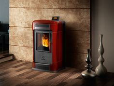 The subtly elegant Ambra pellet stove carries a clear hint of modern creativity. With its striking asymmetric body, Ambra measures 27 cm deep, so you [...]
