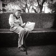 Luisón: C.C. La Plaza, Ayamonte. Street Photography in BW ...