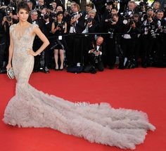 Cannes Film Festival 2012: Eva Longoria in Marchesa - this is how you make a statement!