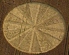 CROP CIRCLE Real Crop Circles, Alien Origin, Nazca Lines, Circle Art, Flower Of Life, Archaeology, Mathematics, Bing Images, Mystery