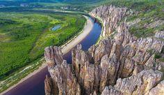 Ровно год назад наша команда совершила экспедицию к одному из чудес России!  Природный парк «Ленские столбы» – это уникальное геологическое образование на берегу реки Лены. Ленские столбы не имеют аналогов в мире и входят в список Всемирного наследия ЮНЕСКО. -- Фото: @anndy_kamenev Waterfall, Nature, Travel, Outdoor, Outdoors, Naturaleza, Viajes, Waterfalls, Destinations