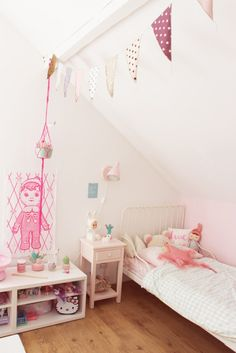 Cute girl's room with pink tones- Petit & Small