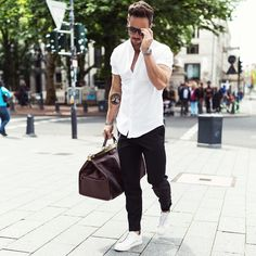 Most Popular Men's Fashion Trend 2017 0051 Mode Outfits, Casual Outfits, Fashion Outfits, Fashion Trends, Men's Fashion, Summer Outfits Men, Fashion Updates, Fashion Shoes, Mode Masculine