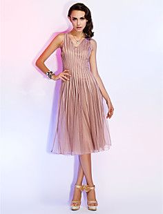 A-line V-neck Knee-length Tulle Cocktail Dress – CAD $ 145.47