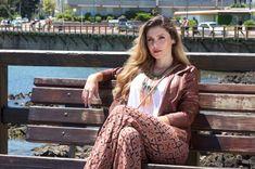 #PATTERNEDPANTS #pants #moda #fashion #patterned #pantalón #pantalones #look #pantalon #sea #mar Patterned Pants, Pants Pattern, Dreadlocks, Hair Styles, Beauty, Pants, Hair Plait Styles, Patterned Jeans, Hairdos