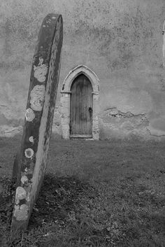 Grave stone by dan.parry, via Flickr