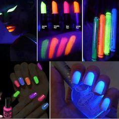Neon makeup and nail polish Dark Nail Polish, Dark Nails, Neon Lipstick, Lipsticks, Glow Nails, 3d Nails, Neon Party, Neon Glow, Dark Makeup