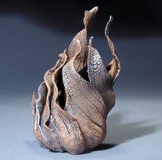 Sculpture-Ceramic-Liz Lescault: Lamina