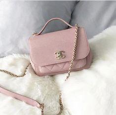 Chanel Tweed Multicolor Chain Shoulder Bag – The Fashion Mart Hermes Handbags, Cheap Handbags, Burberry Handbags, Purses And Handbags, Handbags Online, Hobo Purses, Clutch Handbags, Latest Handbags, Fossil Handbags