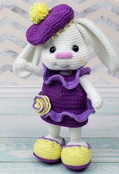 Mesmerizing Crochet an Amigurumi Rabbit Ideas. Lovely Crochet an Amigurumi Rabbit Ideas. Crochet Geek, Crochet Gifts, Cute Crochet, Crochet Patterns Amigurumi, Amigurumi Doll, Knitting Patterns, Diy Crafts Knitting, Crochet Rabbit, Knitted Animals
