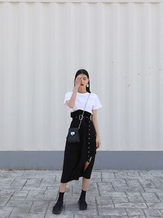 This domain may be for sale! Kpop Fashion Outfits, Korean Outfits, Modest Fashion, Girl Outfits, Look Fashion, Daily Fashion, Girl Fashion, 80s Fashion, Asian Fashion Style