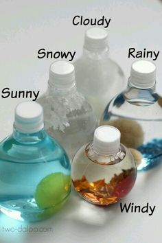 Bath Activity for Little Kids Weather Sensory Bottles - Such a fun way for Toddler, Preschool and Kindergarten age kids to explore weather!Weather Sensory Bottles - Such a fun way for Toddler, Preschool and Kindergarten age kids to explore weather! Preschool Science, Preschool Classroom, Science For Kids, Classroom Activities, Toddler Activities, Learning Activities, Preschool Activities, Toddler Preschool, Science Fun