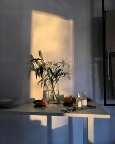 16 Ideas for still life photography lighting sunlight My New Room, My Room, Design Minimalista, Ideas Para Organizar, Still Life Photography, Photography Lighting, Photography Awards, Night Photography, Photography Ideas
