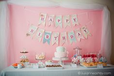 American Girl Doll Tea Party American Girl Doll Tea Party – Karas Party Ideas – The Place for All Things Party American Girl Birthday, American Girl Parties, Girls Tea Party, Tea Party Birthday, Birthday Ideas, Happy Birthday, Birthday Bunting, Birthday Table, Pink Birthday