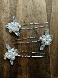 Baby Bear Slide bow Brooch Pin hair clip Jewellery Plastic display card holder