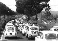 Fiat500nelmondo (@fiat500nelmondo) • Foto e video di Instagram Fiat Cars, Historical Pictures, Fiat 500, All Over The World, Instagram, Video, Icons, Vintage, Italia