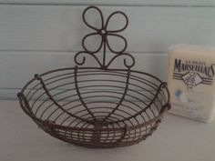 Wire ware * soap dish * m e n d e l i n a  design *