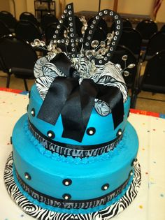 Zebra print with bling! I so want this cake for my 13 birthday this year!
