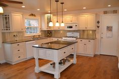 Kitchens - traditional - kitchen cabinets - other metro - CS Hardware