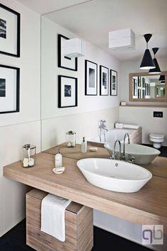 mirror//bath//loft//qbiq
