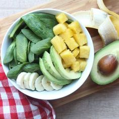 Recept voor een tropische smoothiebowl met ananas