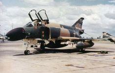 Fighter Pilot, Fighter Aircraft, Fighter Jets, Us Military Aircraft, Military Jets, Robin Olds, F4 Phantom, Vietnam War, Vietnam Veterans