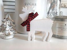 Wood Reindeer, White Reindeer, Wood Snowman, Reindeer Decorations, Christmas Decorations, Holiday Decor, Farmhouse Christmas Decor, Rustic Christmas, Solid Pine