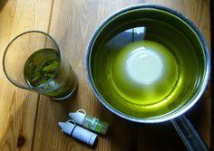267 g oliiviöljyä  256 g kookosrasvaa, johon on uutettu kuivattua koivunlehteä  179 g rapsiöljyä  96 g lipeää (ylirasvoitus 8 %)  187 g...