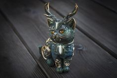 Jewelry Maker Turns Polymer Clay And Minerals Into Fantasy Creatures Polymer Clay Kunst, Polymer Clay Animals, Polymer Clay Crafts, Polymer Clay Jewelry, Magic Cat, Magical Jewelry, Paperclay, Clay Creations, Sculpture Art