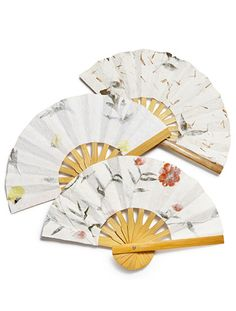 The Knot Shop Pick of the Week: Floral Paper Fans | TheKnot.com
