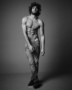 Marlon-Teixeira-Shirtless-Black-White-Photo-Shoot-2015-001