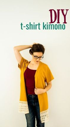 Sew T-Shirt DIY Kimono From a T-Shirt (No-Sew Option - This easy fashion tutorial for making a DIY kimono from a t-shirt will give you a new clothing piece for your wardrobe in under an hour, and on the cheap! Kleidung Design, Diy Kleidung, Upcycling T Shirts, Kimono Diy, Kimono Shirt, Diy Clothes Kimono, T-shirt Refashion, Clothes Refashion, Refashioned Clothes