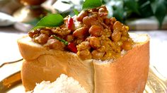 ' Make your very own bunny chow at home - it's easy and a fun way for teens to entertain.