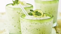 This slushy treat is perfect for a hot day and super-easy to whip up. Just combine frozen limeade, lime-flavored rum, and mint leaves in a blender with ice, and voila—happy hour has arrived! Best Rum Cocktails, Rum Cocktail Recipes, Cranberry Juice Cocktail, Spring Cocktails, Summer Drinks, Drink Recipes, Frozen Mojito, Frozen Lemonade, Frozen Drinks