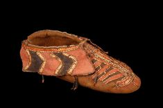 Mémoires Amérique française Iroquois, Shoe Pattern, Quill, Great Lakes, First Nations, Hiking Boots, Woodland, Native American, Museum