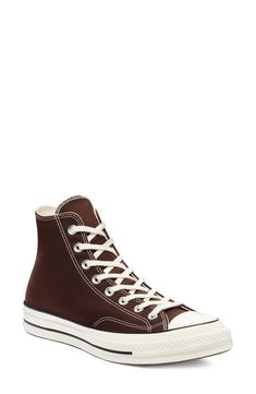 Brown Converse, Converse Chuck, Converse Leather Shoes, Cool Converse, High Top Converse Outfits, High Top Sneakers, Cute Shoes, Me Too Shoes, Converse Haute