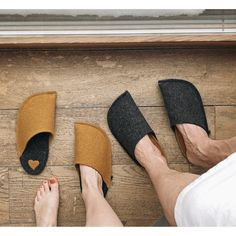 Felt slippers for lovers - stylish - fuzzy - comfy Black Slippers, Natural Rubber Latex, Felted Slippers, Significant Other, Parent Gifts, Black Wool, Customized Gifts, Wool Felt, Heeled Mules