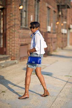 5a3e475c4f6 Chanel old medium boy bag. Liv Lee · Street Styles