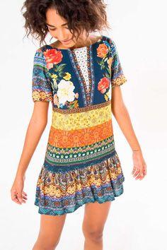 http://www.babadotop.com.br/vestido-curto-farm-jardim-mistico-246972azul/p