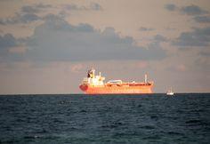 https://flic.kr/p/A8DKVk | freighter | Fort Lauderdale, Florida