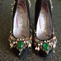 Irregular Choice Shoes Size 5 Stunning Design Black Suede Jewelled Vintage Style
