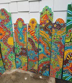 backyard designs – Gardening Ideas, Tips & Techniques Meubles Peints Style Funky, Yard Art Crafts, Pallet Home Decor, Garden Poles, Porch Signs, Patio Signs, Totems, Outdoor Art, Exterior Paint