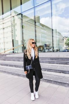Black & White City Outfit