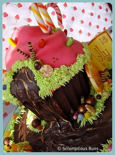 Willy Wonka Chocolate Waterfall by Scrumptious Buns (Samantha), via Flickr