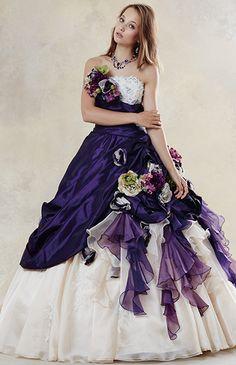 No.59-0064 大輪の巻き花にマルチカラーのシルクフラワーをちりばめたデコラティブなシルエットのドレス。