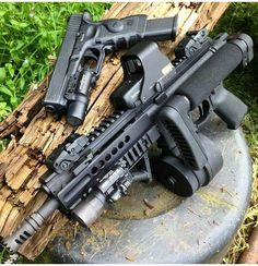 The more skills you discover, the more self reliant you are and the greater your opportunities for survival ended up being. Here we are going to discuss some standard survival skills and teach you the. Assault Weapon, Assault Rifle, Weapons Guns, Guns And Ammo, Rifles, Armas Wallpaper, Battle Rifle, Custom Guns, Cool Guns