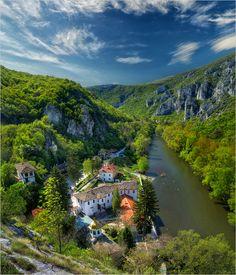 Cherepishki Monastery, Bulgaria / Черепишки кът духовен... - Снимка - 4CoolPics.com